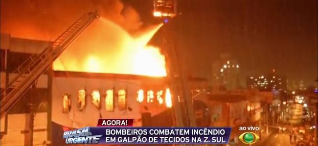 Bombeiros comemoram o seu dia com grande incêndio em São Paulo