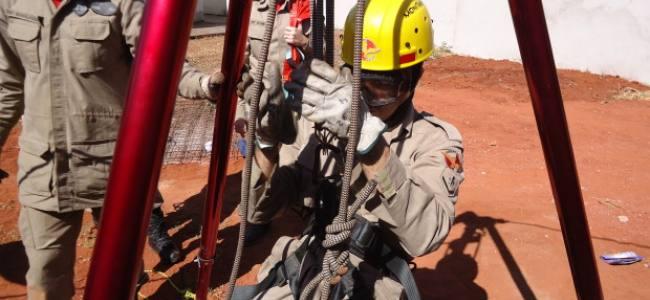 Bombeiros de Goiânia realizam treinamento de salvamento