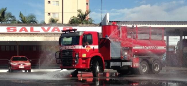 Bombeiros de Goiás realizam treinamento com Auto Bomba Florestal