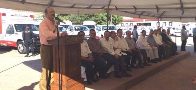 """""""Ambulancias aumentarán calidad y cobertura en sector salud"""""""