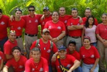 México: Mujeres y niñas en el Cuerpo de Bomberos de Nayarit