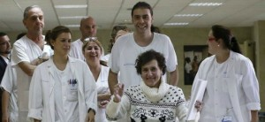 Èbola: Teresa dada de alta donará su sangre para salvar vidas