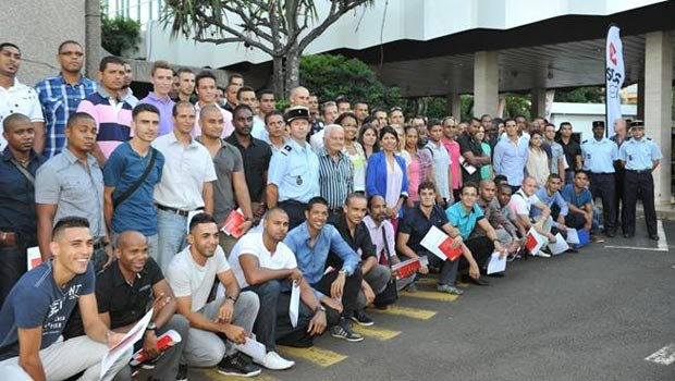 Réunion: 110 sapeurs-pompiers volontaires