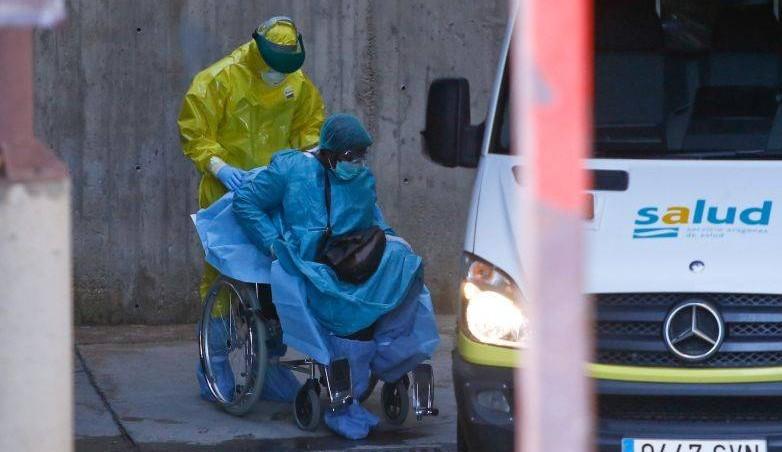 Ebola : probable transmission sexuelle 200 jours après la guérison