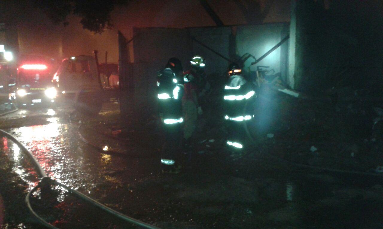 Incêndio em Pedreira mobiliza a Brigada Municipal e o Corpo de Bombeiros de Amparo