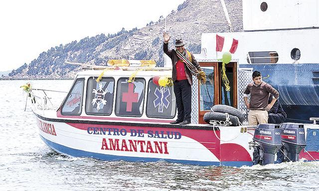 Puno: primera ambulancia acuática ya opera en el lago Titicaca