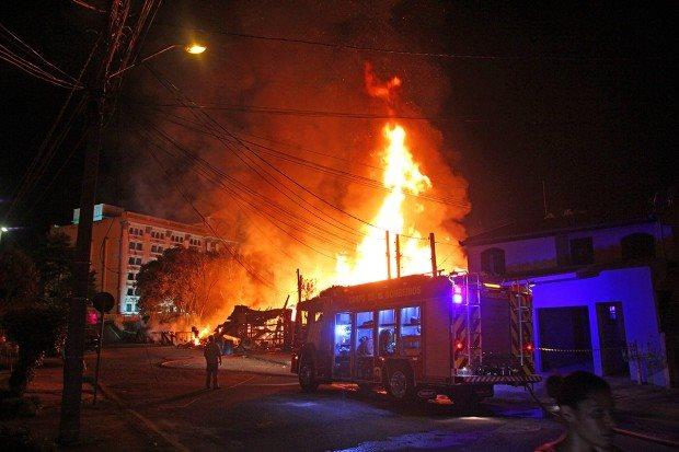 Incendie près de Kiev : une base militaire menacée