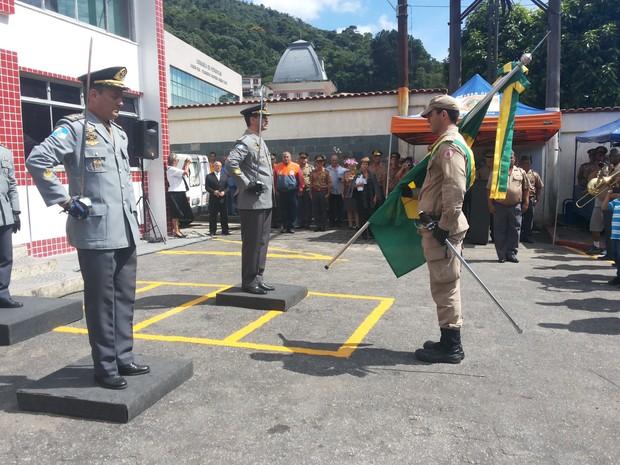 Novo comandante assume Corpo de Bombeiros de Petrópolis, RJ