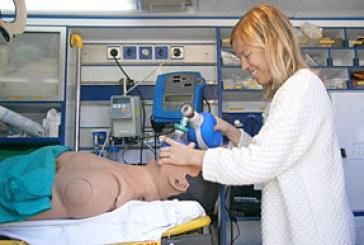 La UA consigue una técnica de intubación para ambulancias en movimiento