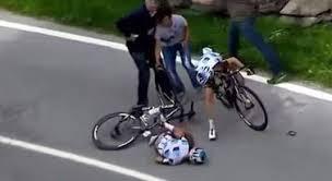 Tour d'Italie: la 3e étape signée par une terrible chute
