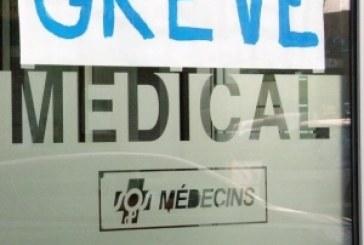 Praticiens hospitaliers en grève
