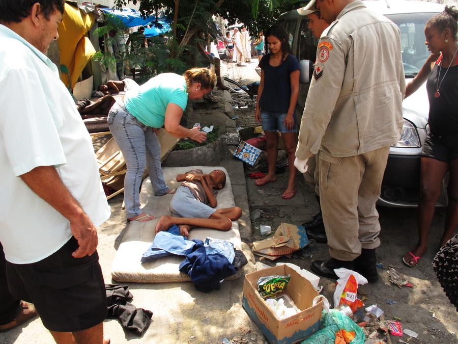 Aide d'urgence: les obstacles à une approche locale