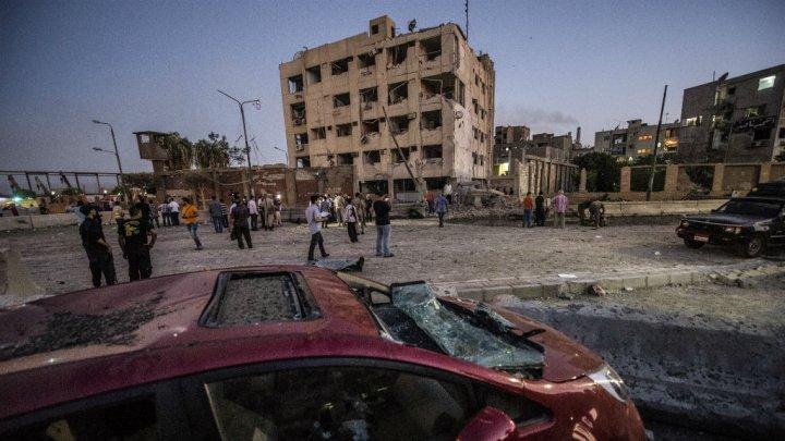 Attentat en Égypte: au moins six policiers blessés