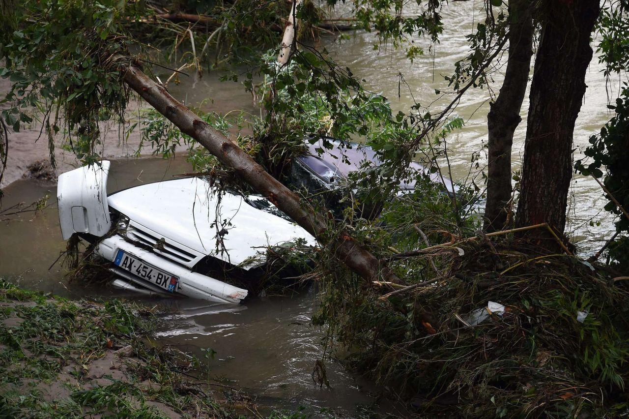 Violentes inondations sur la Côte d'Azur