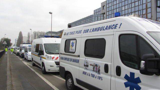 Nantes 16/09/2015: manifestation régionale des ambulanciers