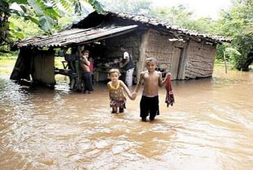 Honduras – Inundaciones y daños materiales dejan las lluvias en varios sectores del país