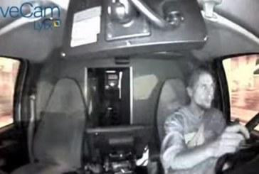 Texas – Roba ambulancia y se estrella contra negocio