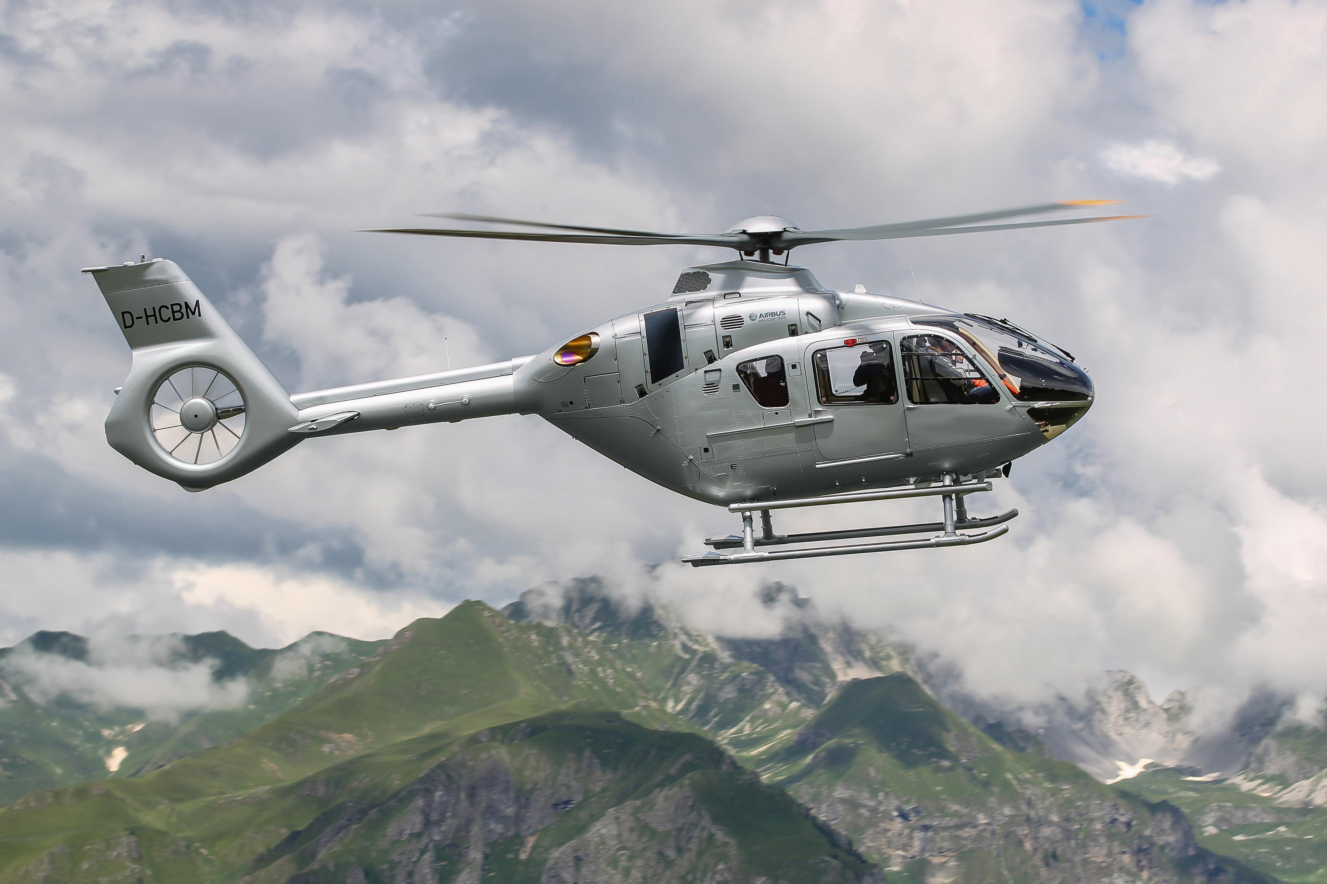 Airbus Helicopters célèbre le 20e anniversaire de la famille H135 à Helitech
