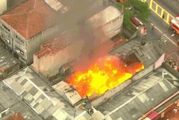 Grave incêndio deixa pelo menos quatro mortos em São Paulo