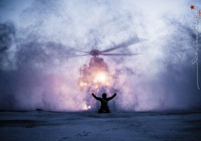 Reportage sur l'helicoptere de secours de Sysselmannen a Svalbard (2012)-2
