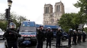 L'aggession de Notre-Dame au cri de «c'est pour la Syrie»