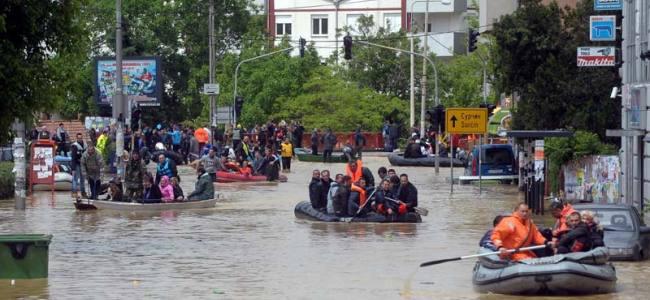 20140522175602-alluvione-balcani[1]