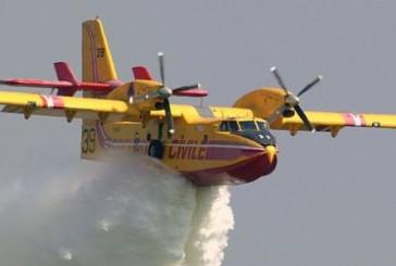 La Francia in aiuto dell'Italia: due Canadair atterrati a Ciampino, 22 incendi da domare oggi
