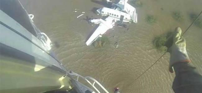 Aereo precipita nel Rio de la Plata, i soccorsi ai feriti