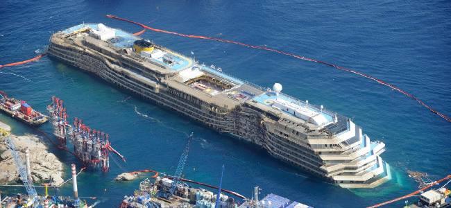 La Costa Concordia sarà smantellata a Genova