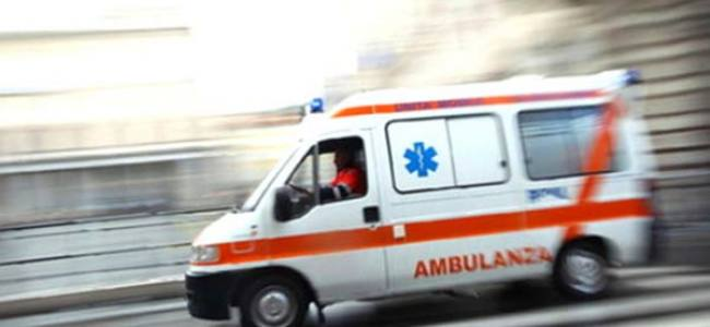Vecchie ambulanze donate ai privati come nuove