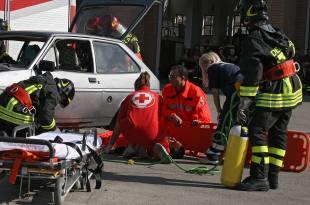 20130414013938-soccorso-vigili-118-fuoco-incidente-generica