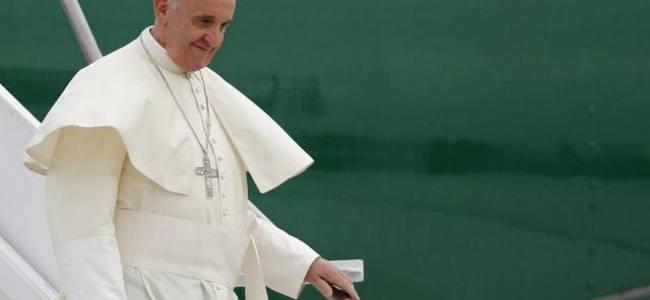 Il Papa in visita alla Corea del Sud, il regime di Pyongyang spara due razzi in mare
