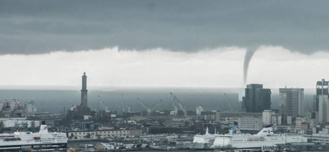 Maltempo, Genova ancora colpita dalle bombe d'acqua
