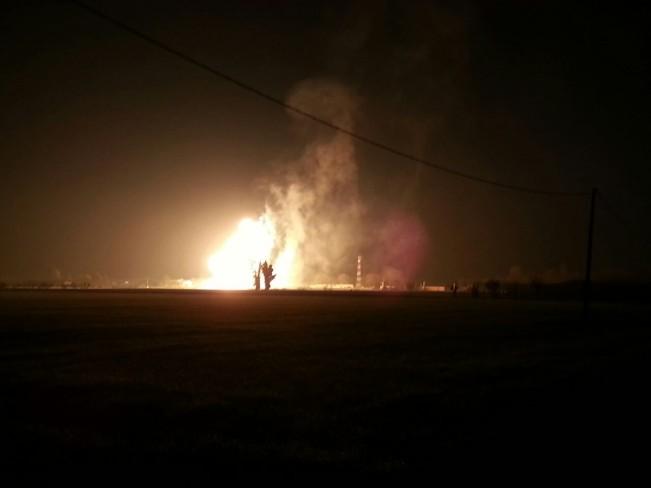 Esplode centrale a metano a Ravenna, l'intervento dei soccorritori