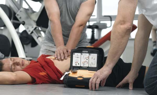 Un defibrillatore in lista nozze