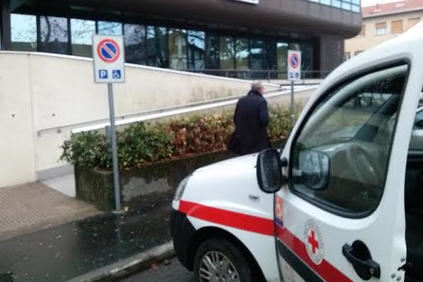 """Croce Rossa multata all'ospedale: """"I volontari non fanno i furbi"""""""
