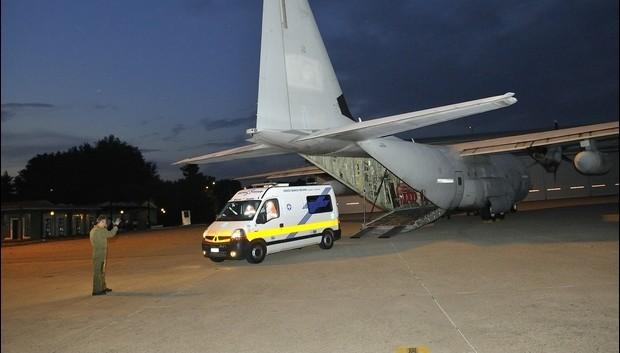 Neonato da Alghero a Genova grazie al C-130 dell'Aeronautica
