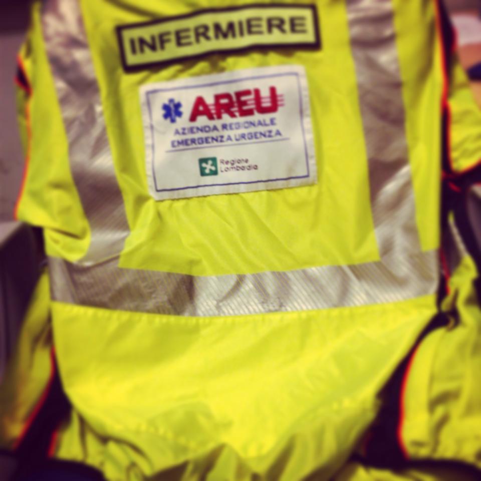 Autoinfermieristica: La vita sui mezzi di soccorso intermedi in Lombardia