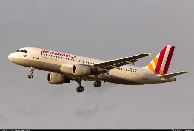 D-AIPX-Germanwings-Airbus-A320-200_PlanespottersNet_436998