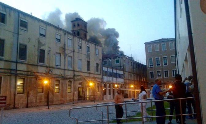 Incendio all'ospedale Civile di Venezia