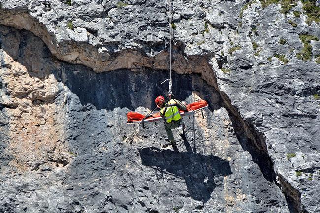 5 Torri 2015, l'Europa del soccorso in corda si esercita con gli Alpini dell'Esercito | Emergency Live 1