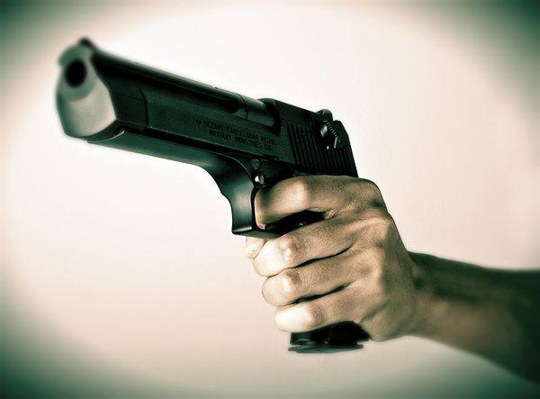 pistola-sparatoria