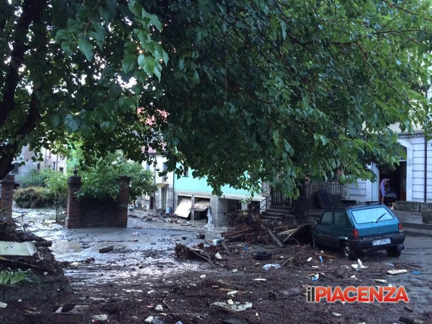 Alluvione Piacenza, ritrovato il corpo di Luigi Agnelli, l'aggiornamento dai soccorritori | Emergency Live 3