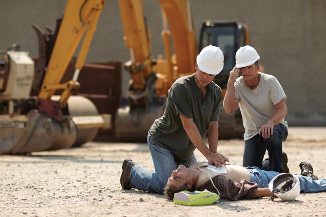 Il DAE sul luogo di lavoro. Norme e presidi per salvaguardare i tuoi dipendenti | Emergency Live 12