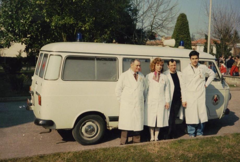 ambulanza860098