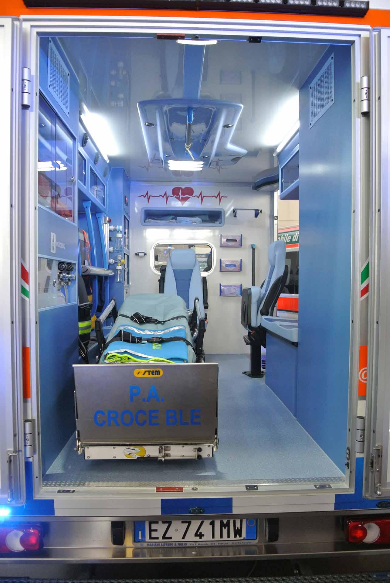 Design, praticità e resistenza: Ecco le nuove ambulanze MAF | Emergency Live 4