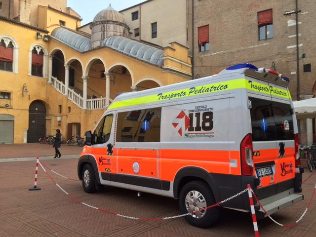 Ferrara, volontariato unito per una nuova ambulanza pediatrica