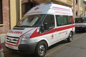Fig. 19) Ford Transit mk7, allestita nel 2007 per il Comitato Locale della Croce Rossa di Viareggio- foto Alberto Di Grazia
