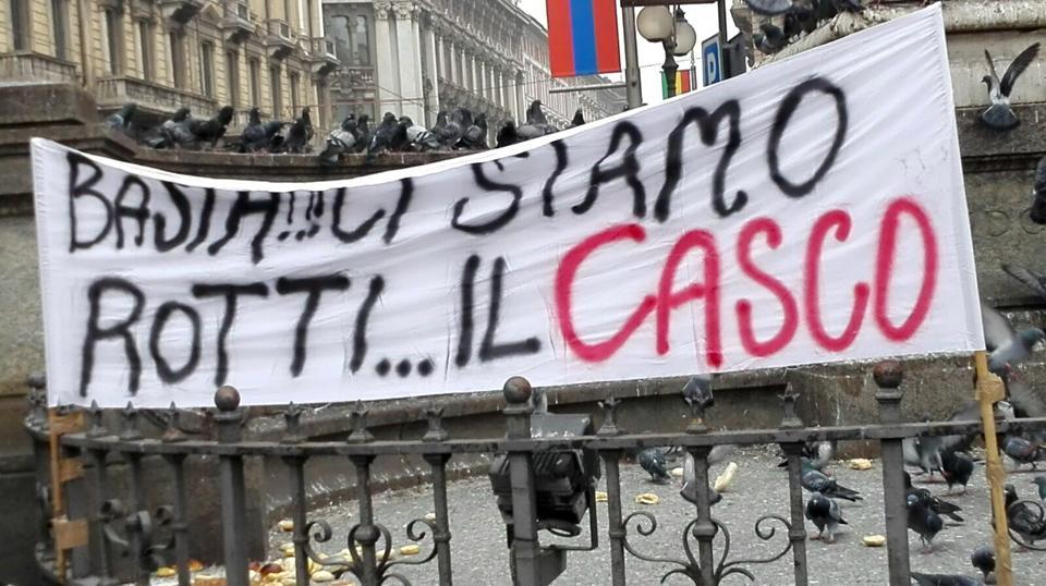 Vigili del Fuoco: protesta a Milano | Emergency Live 1