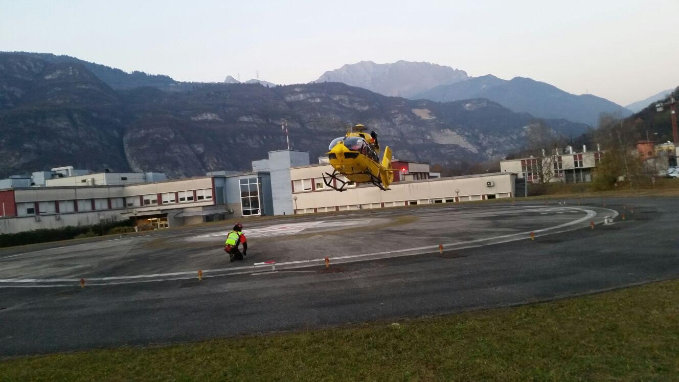 CNSAS Lombardia, interventi del ponte dell'Immacolata: salvataggi e interventi con l'eliambulanza per la zona di Sondrio e valli bresciane